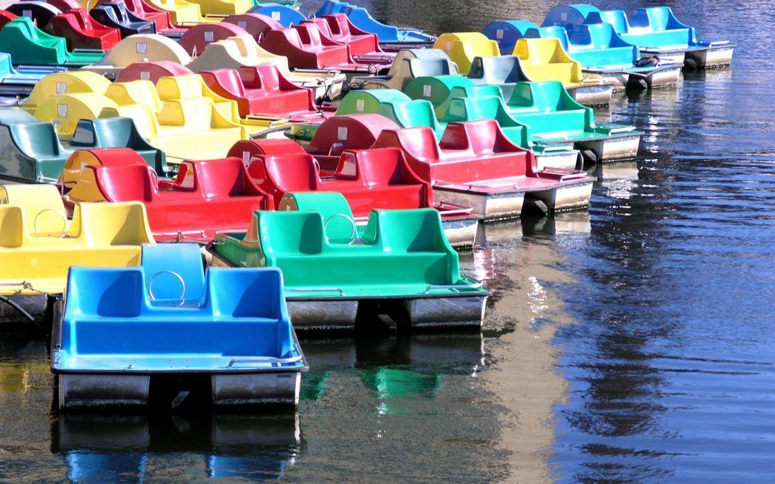Paddle boats wallpaper