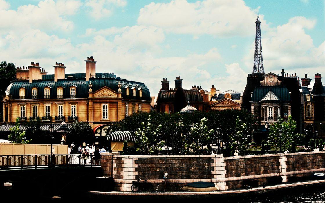 Paris corner wallpaper