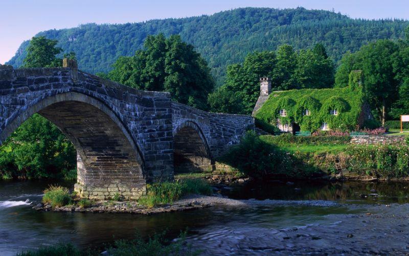 Old river bridge wallpaper