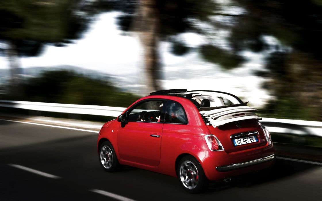2010 Fiat 500c speed wallpaper