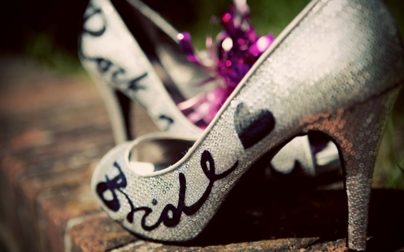 Bride Shoes wallpaper
