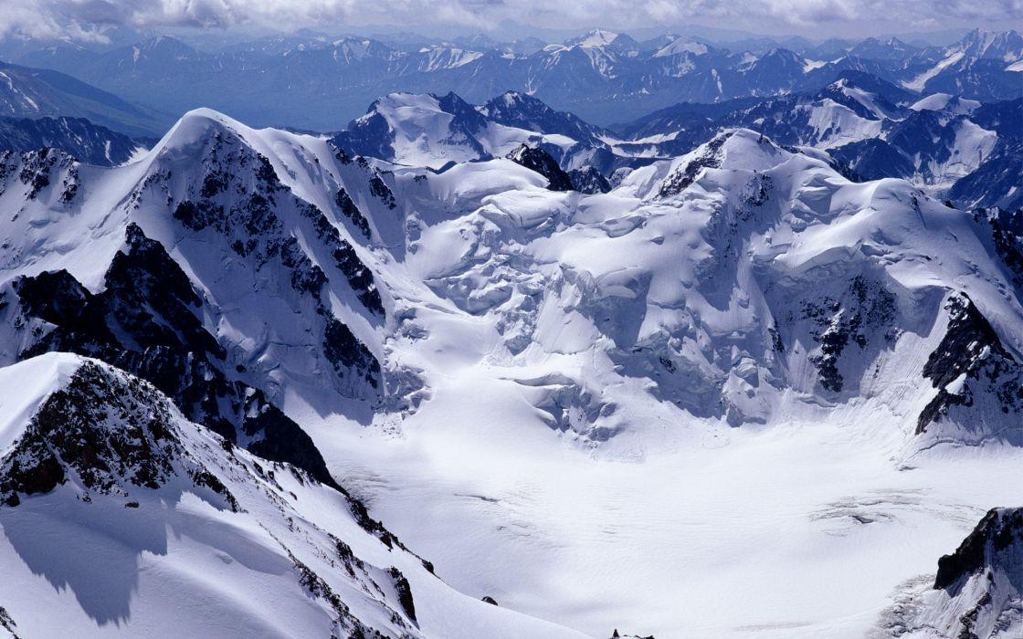 Winter Mountain Crest wallpaper