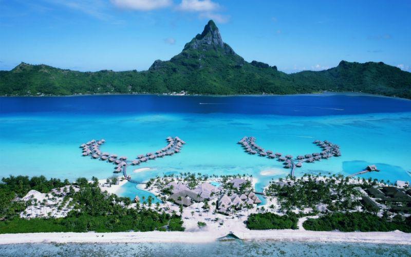 Four Seasons Bora Bora Resort wallpaper
