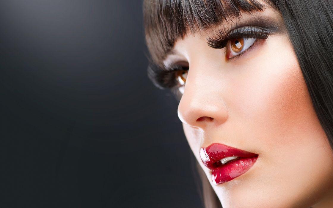 Woman red lips wallpaper