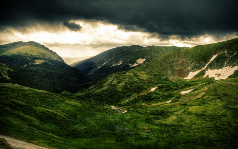 Green Mountains Land wallpaper