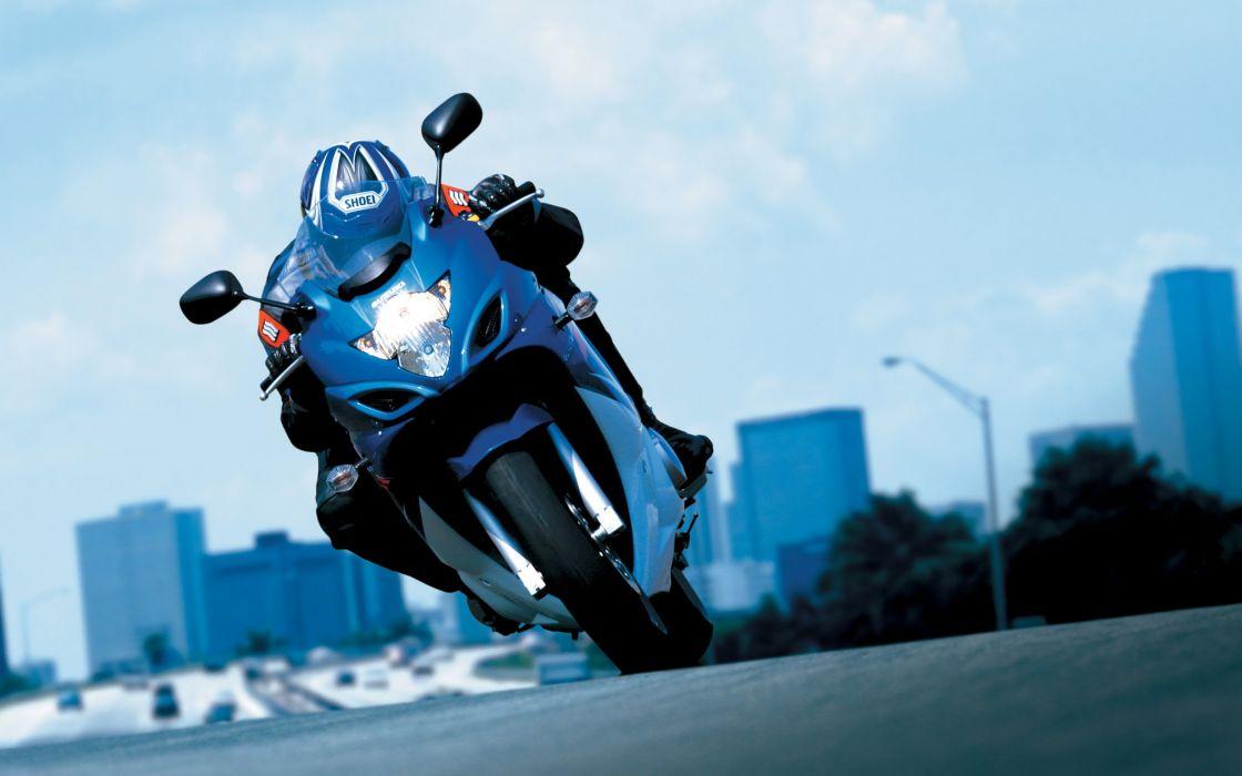 2008 Suzuki GSX 650f action wallpaper