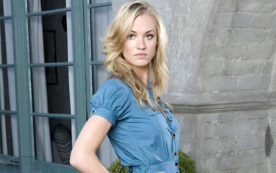 Yvonne strahovski blue blouse wallpaper