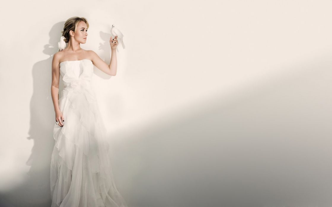 Bride with doves wallpaper