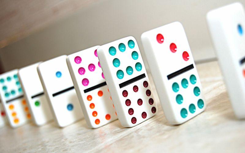 Multi colored dominoes wallpaper