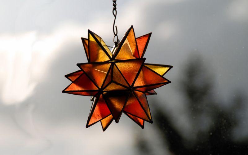 Glass ornament wallpaper
