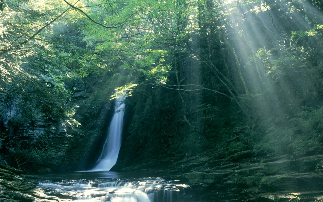 Waterfall sun rays wallpaper
