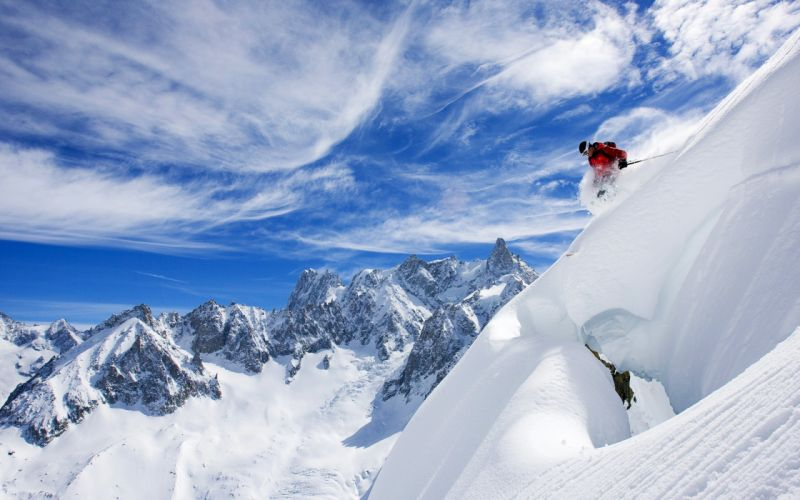 Skiing in france wallpaper