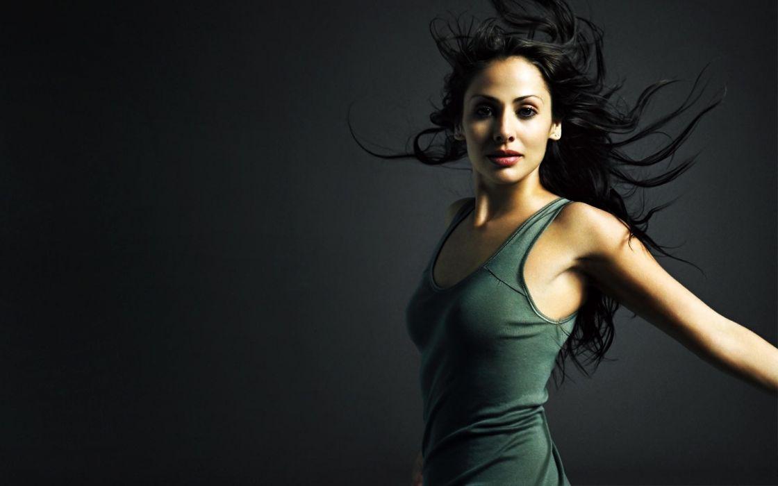 Natalie imbruglia australian model actress wallpaper