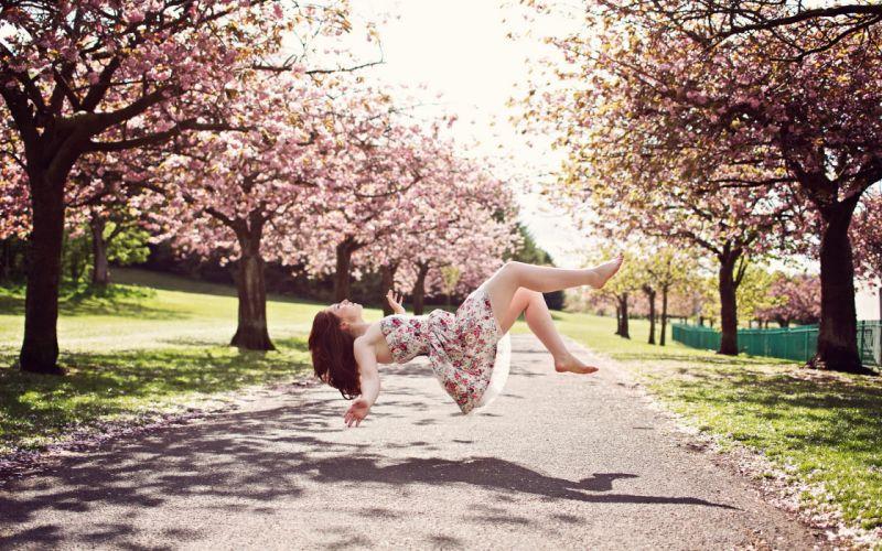 Girl levitation wallpaper