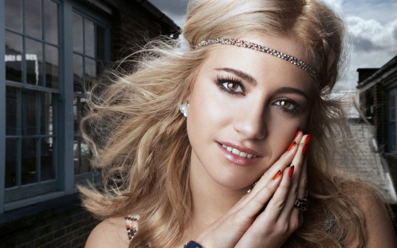 Pixie lott smile wallpaper