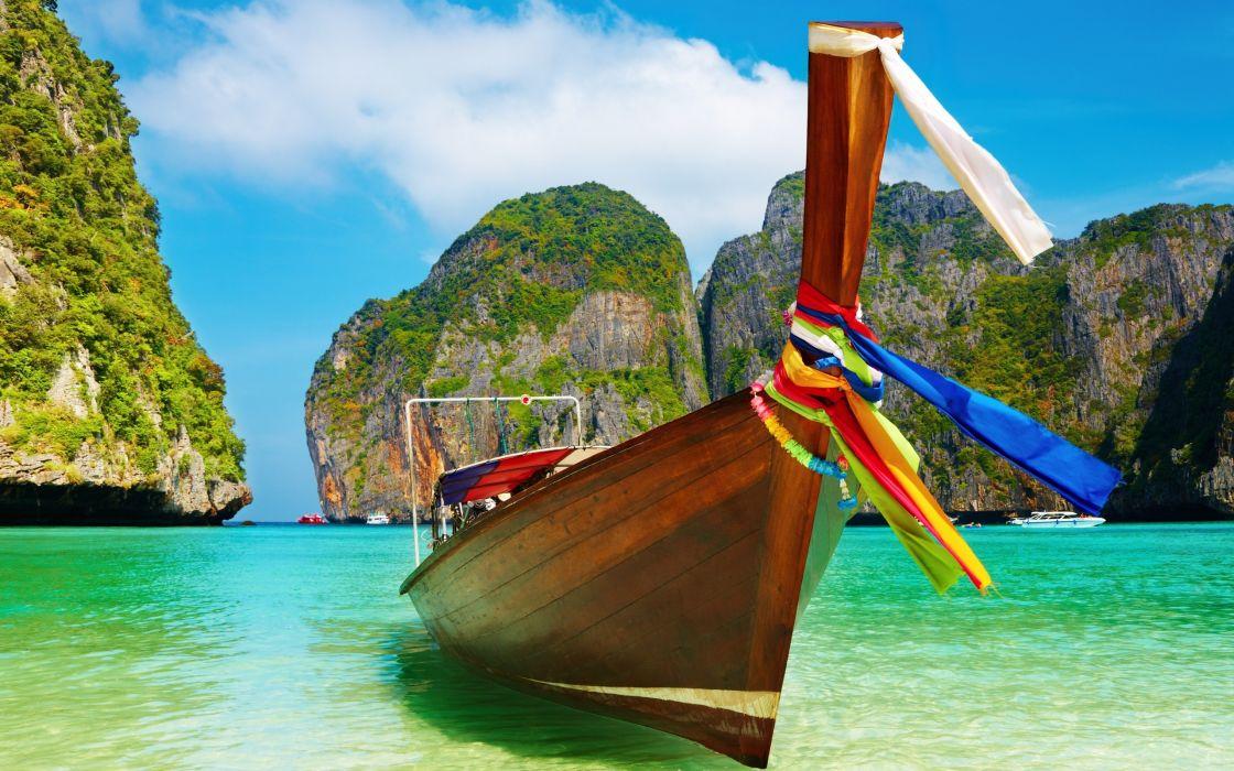 Summer boat wallpaper