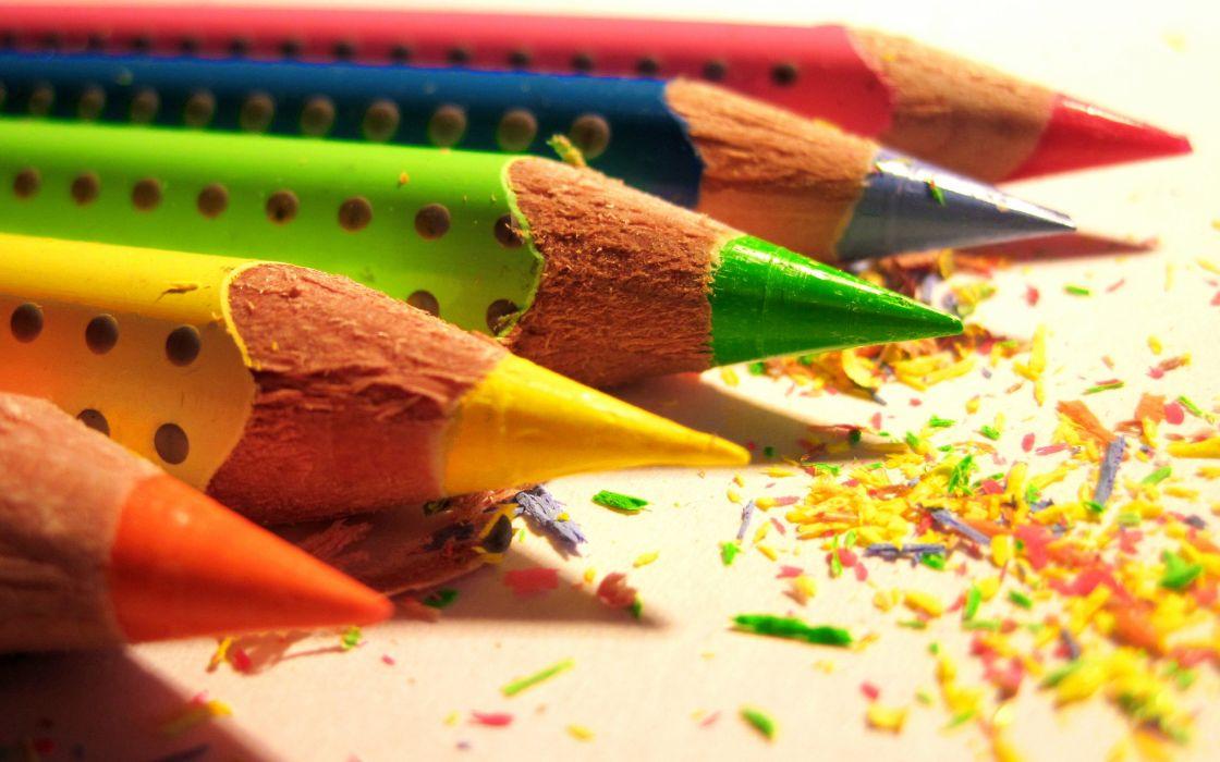 Color pencils wallpaper
