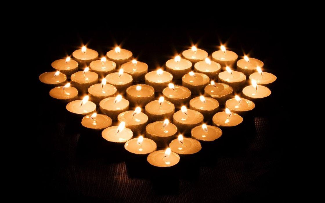 Candle light heart wallpaper