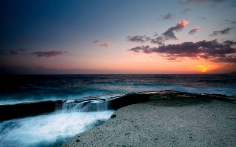 Beautiful sunset sea scape wallpaper