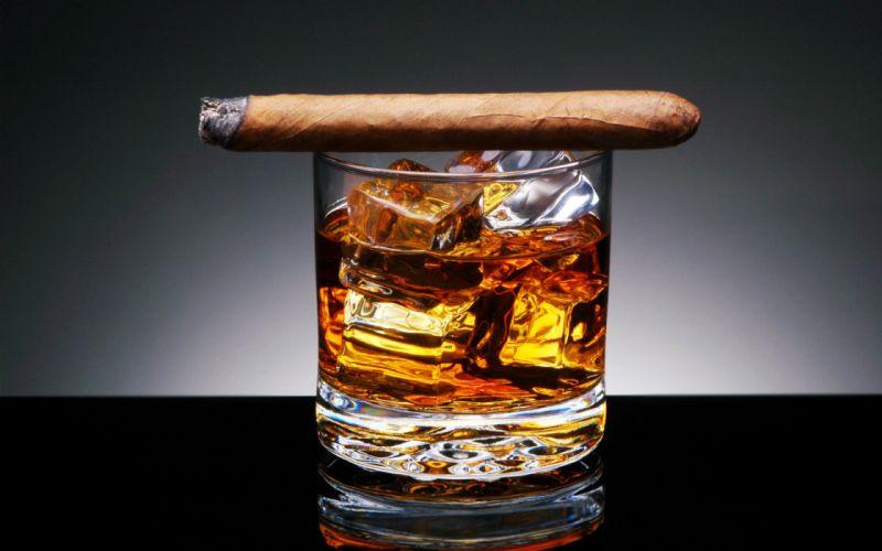 Whiskey cigars wallpaper