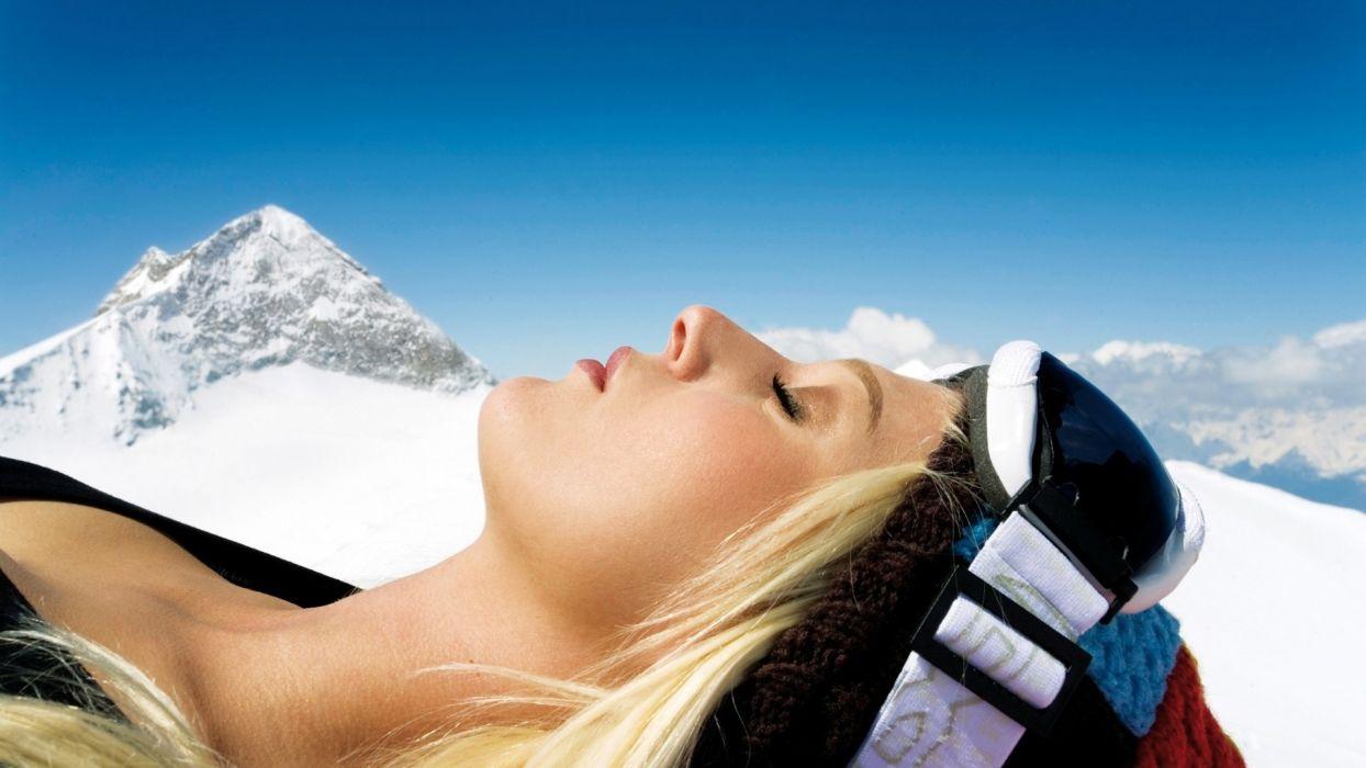 Blondes women models in iceberg mountain white snow wallpaper