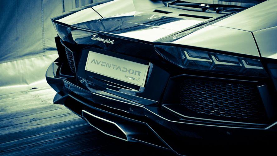 Lamborghini aventador mono chrome super car wallpaper