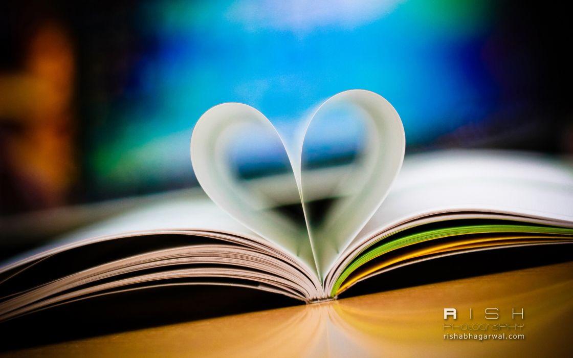 Love book wallpaper