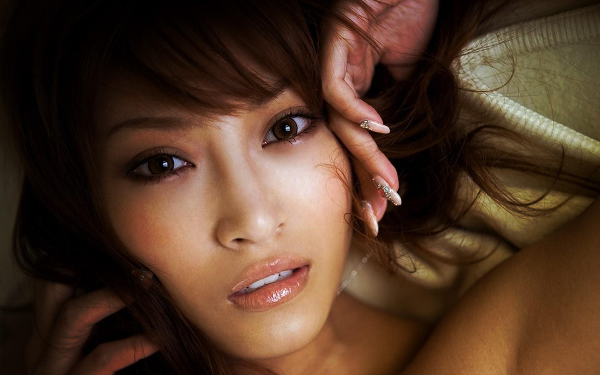 Sexy Asian Face