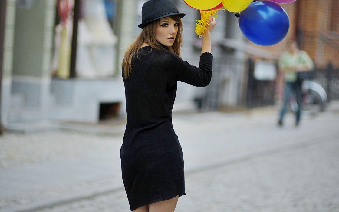 Women black dress balloons hats wallpaper
