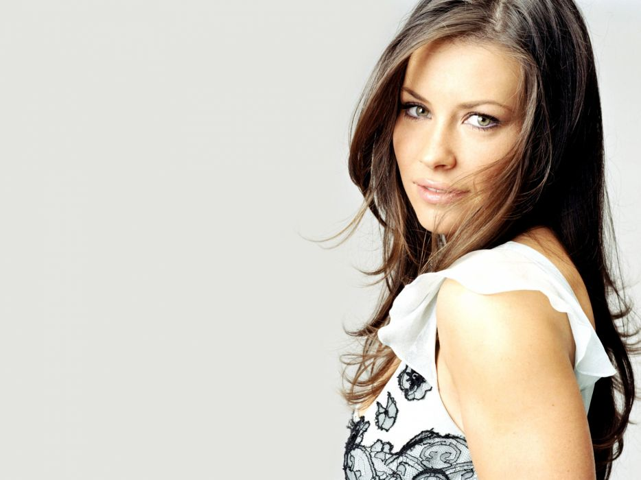 Women evangeline lilly wallpaper