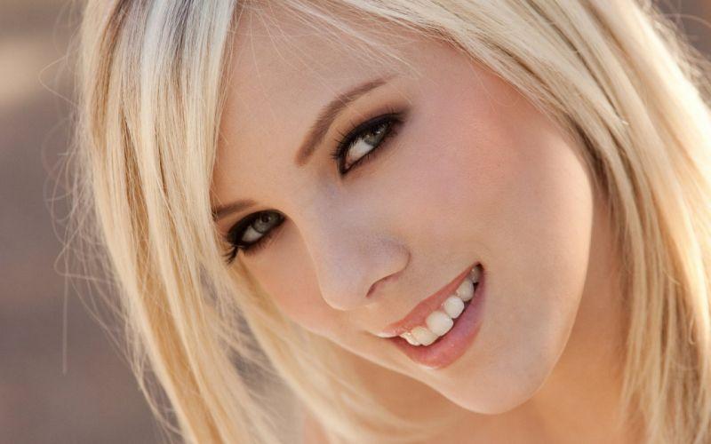 Blondes women models digital desire magazine faces brittany beth wallpaper