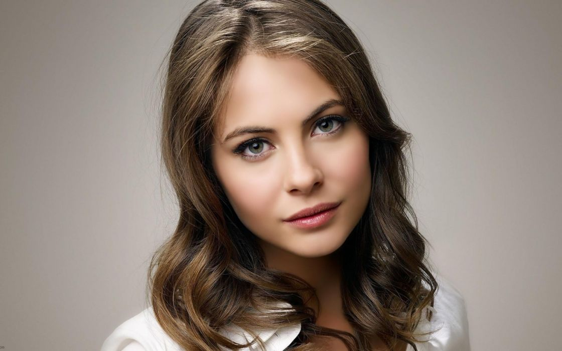 Women willa holland  faces wallpaper