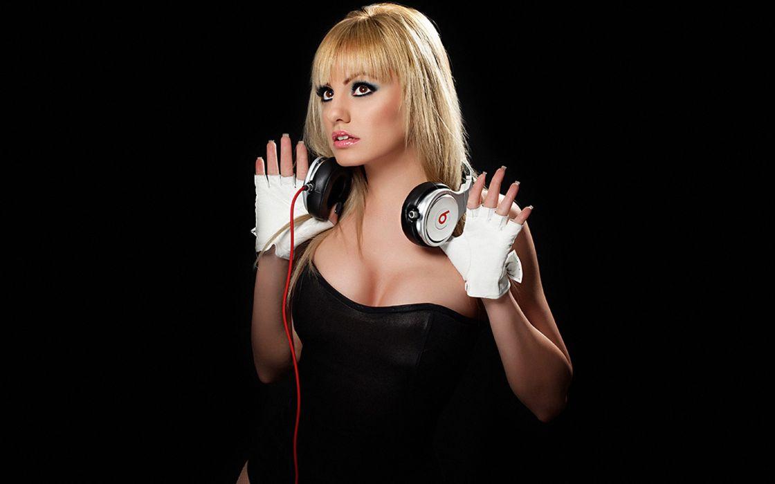 Headphones blondes women alexandra stan beats by dr wallpaper