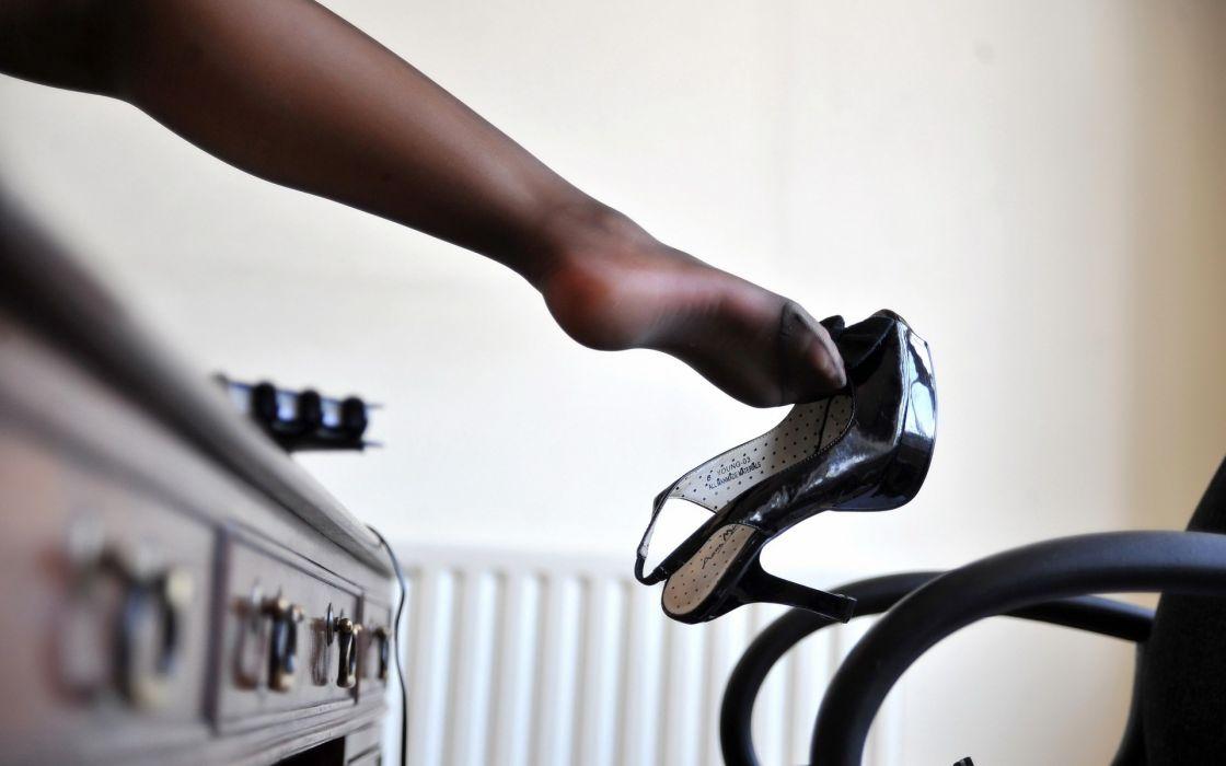 Legs stockings shoes pantyhose high heels wallpaper