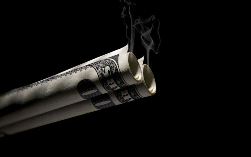 Smoking money wallpaper