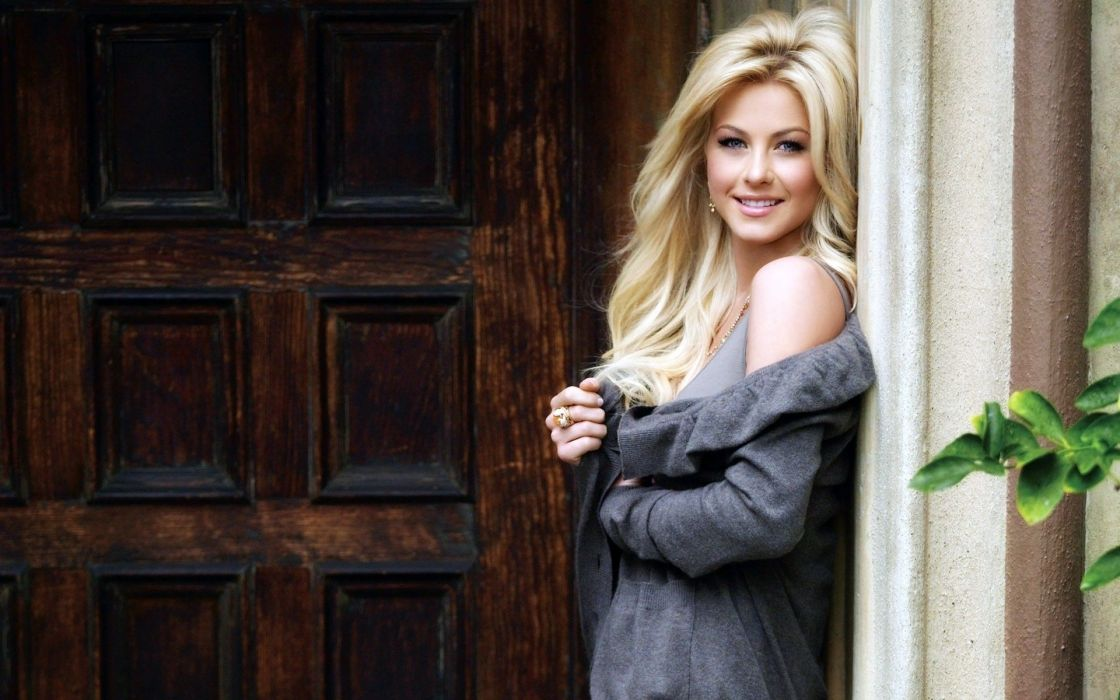 Blondes women julianne hough smiling wallpaper