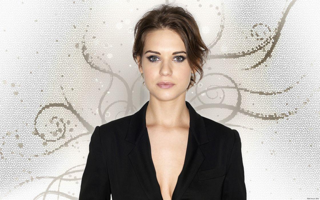 Brunettes women actress celebrity lyndsy fonseca wallpaper