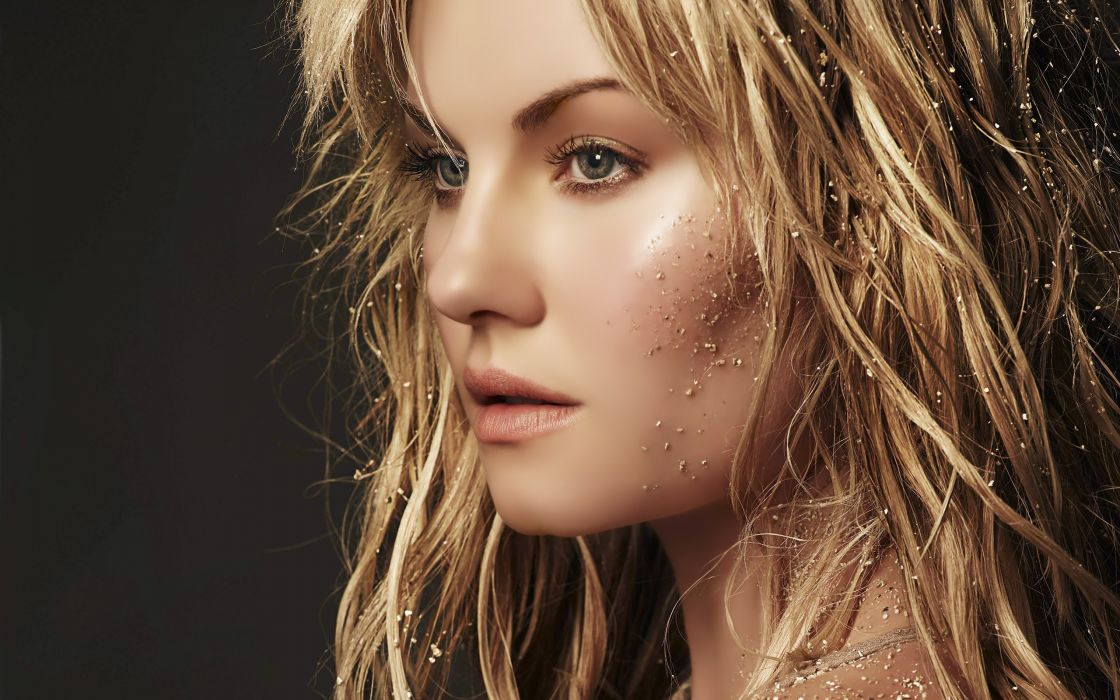 Women elisha cuthbert actress wallpaper