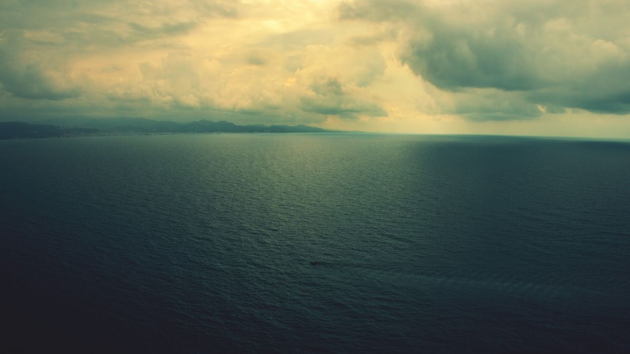 Water clouds horizon sea calm seascapes wallpaper