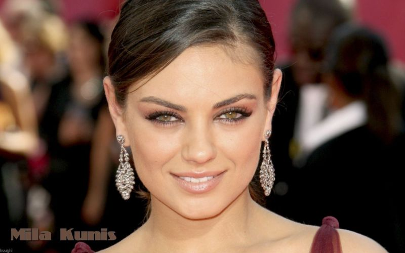Women mila kunis celebrity smiling earrings faces wallpaper