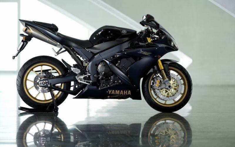 Black vehicles motorbikes yamaha r yamaha r wallpaper
