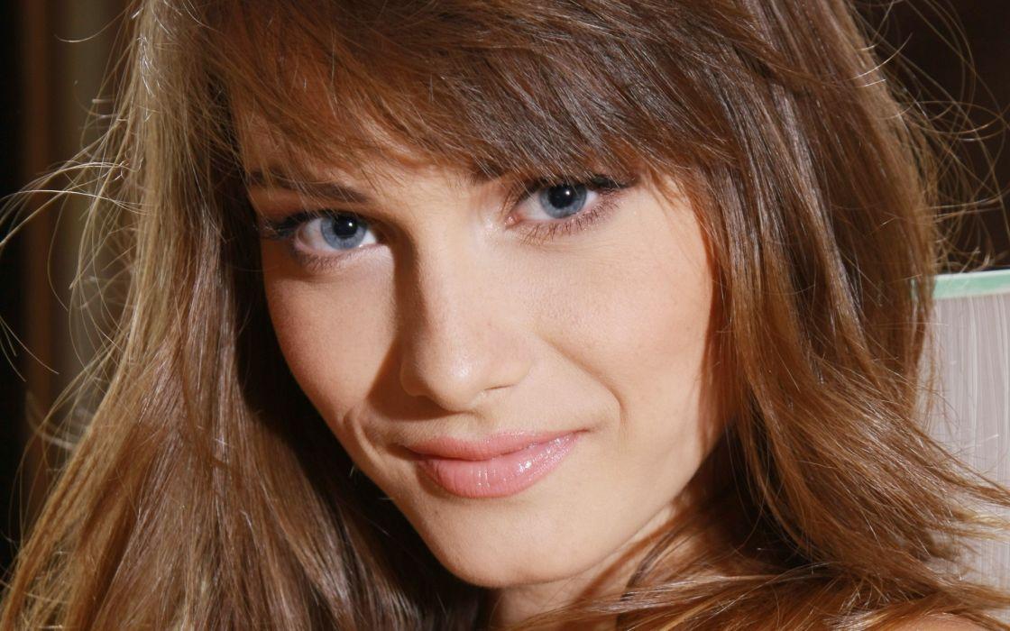 Women blue eyes smiling faces julia i wallpaper