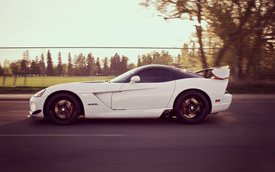 Cars tinted vehicles dodge viper motion blur dodge viper srt-10 white cars wallpaper