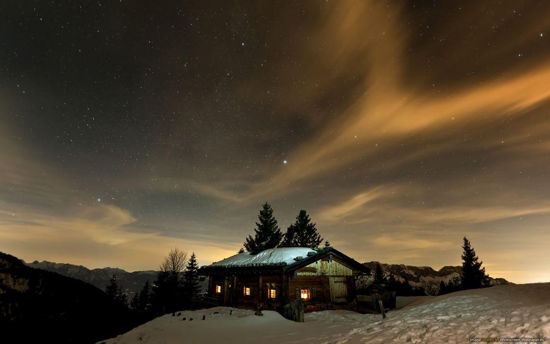 Aurora borealis cabin wallpaper