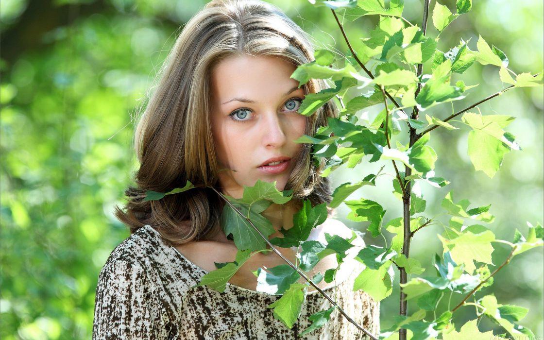 Blondes women blue eyes models plants sunlight mpl studios magazine faces girls in nature tamara summer dress wallpaper
