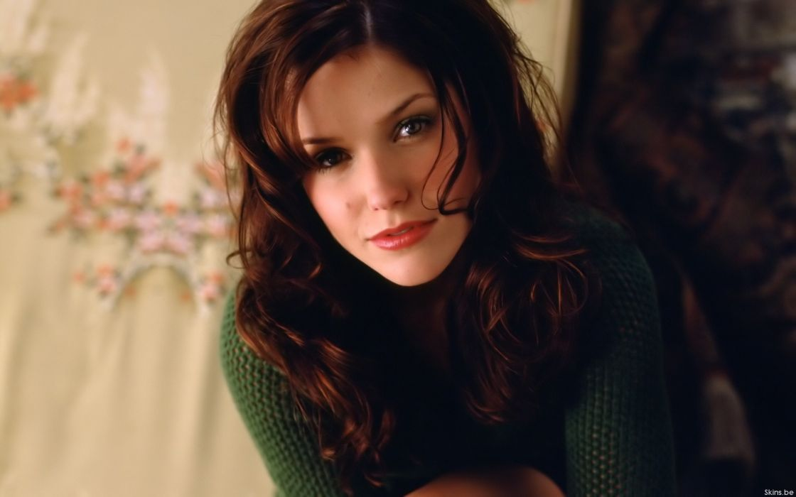 Brunettes women sophia bush wallpaper