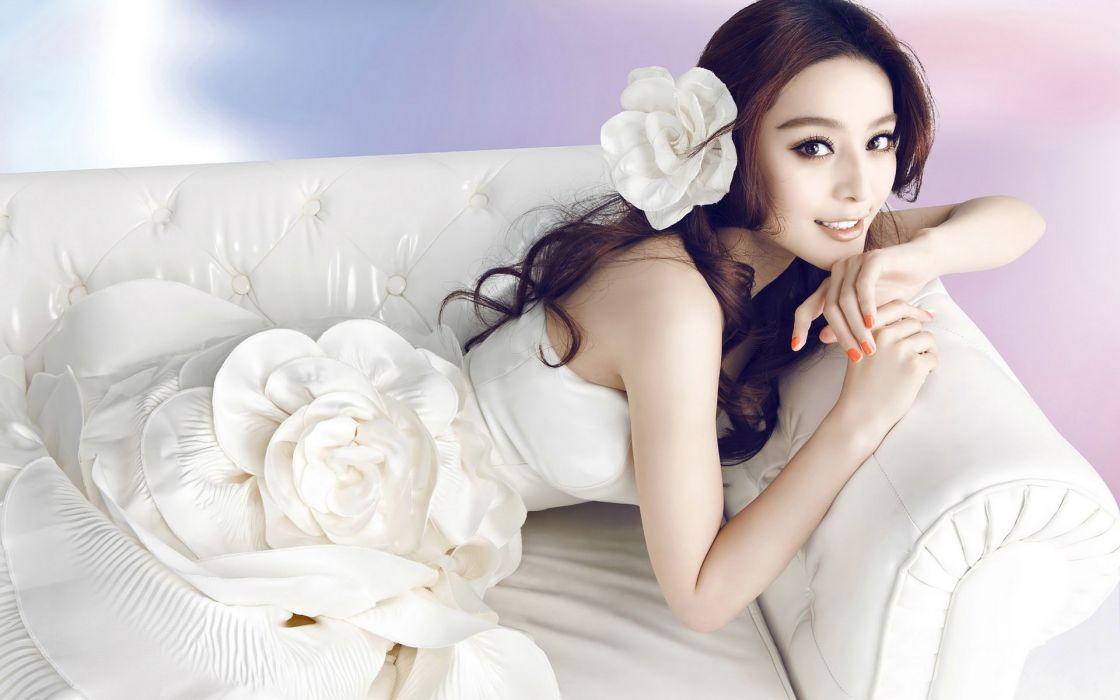 Women asians smiling wallpaper