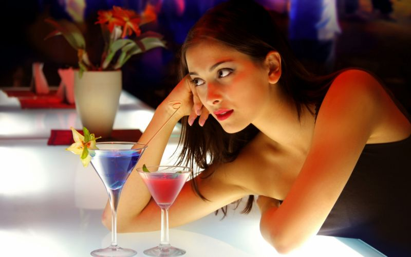 Brunettes women bar cocktail leaning on elbows wallpaper