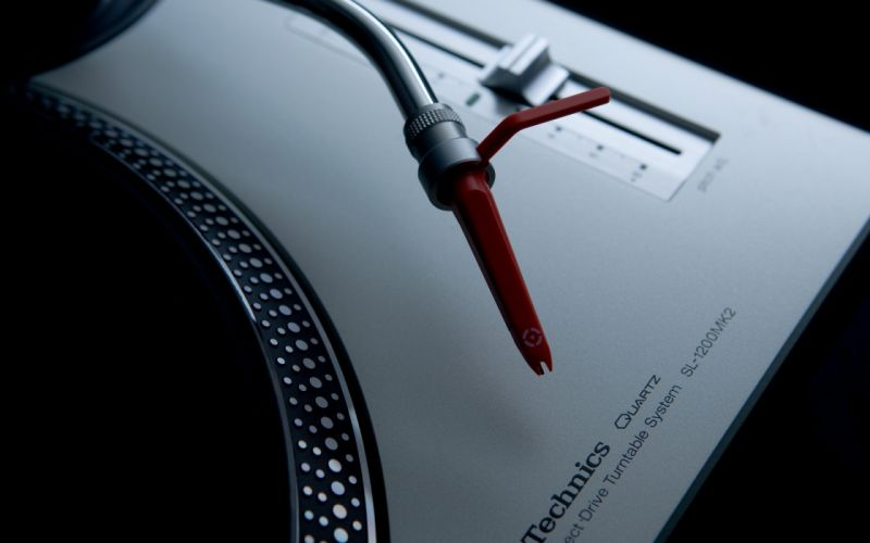 Music artistic studio techno turntables technics dj wallpaper