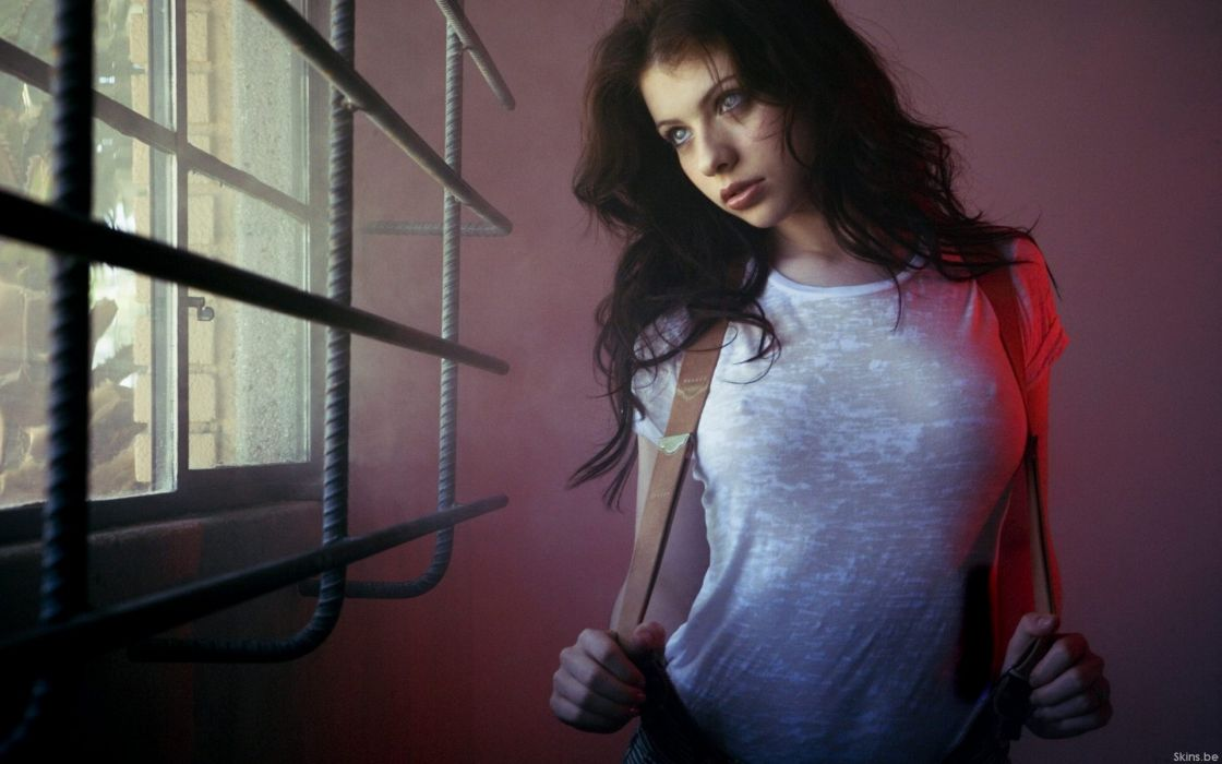 Women michelle trachtenberg celebrity wallpaper